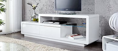 tv tische lowboards f r dein wohnzimmer riess. Black Bedroom Furniture Sets. Home Design Ideas