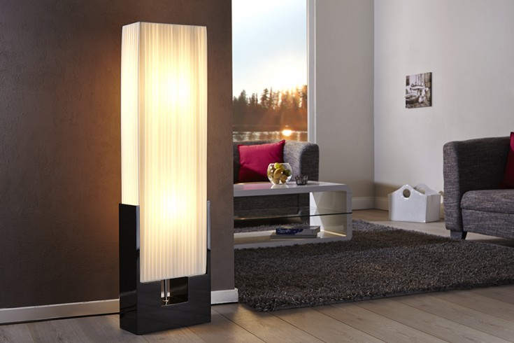 Exclusive Design Stehlampe LIANA in weiss