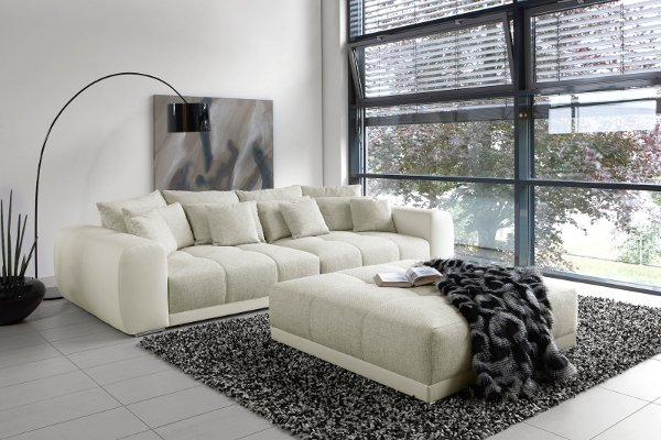 au ergew hnliches xxl sofa giant lounge in trendfarbe greige riess ambiente onlineshop. Black Bedroom Furniture Sets. Home Design Ideas