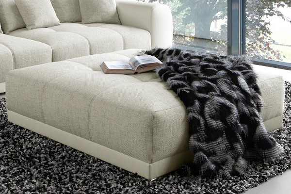 Riesiger Hocker zu XXL Sofa GIANT LOUNGE in Trendfarbe Greige