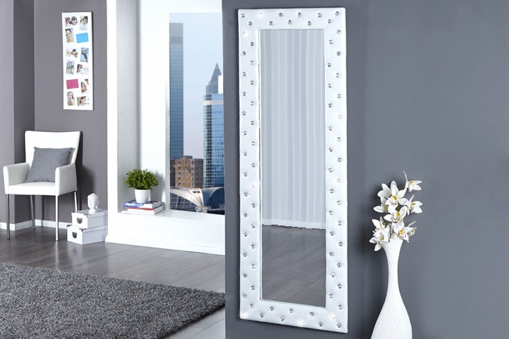 Pompöser Spiegel BOUTIQUE 170x60 weiss mit Strassknöpfen