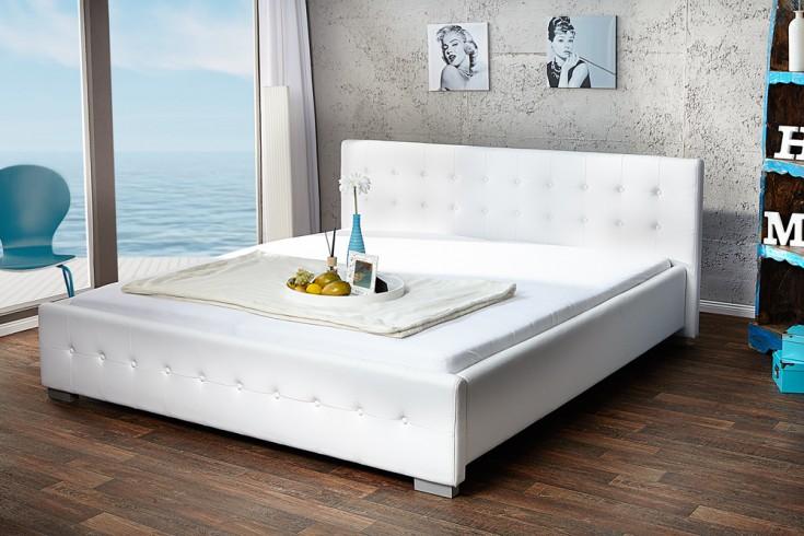 design bett rimini weiss 140 x 200cm knopfsteppung riess ambiente onlineshop. Black Bedroom Furniture Sets. Home Design Ideas