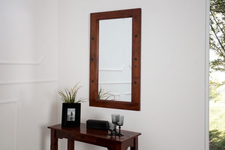 design wandspiegel havanna antik lackiert im zeitlosen. Black Bedroom Furniture Sets. Home Design Ideas