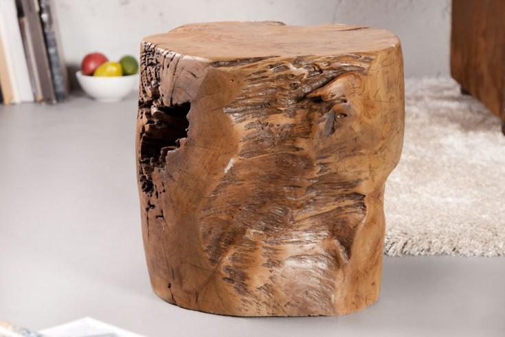Massiver Baumstamm Hocker VOODOO 30cm Teakholz aus dem Wurzelherzstück eines Mammutbaumes Couchtisch