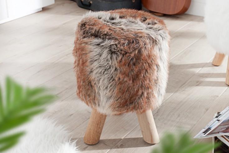 Design Fellhocker SIT Sitzhocker mit Fell und Teakholz rund