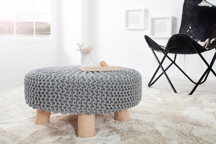 Design Sitzhocker LEEDS aus Strick grau 65cm mit Holzfüßen Baumwolle in Handarbeit