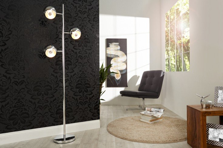 Stylishe Designer Stehlampe TRITON in Chrom