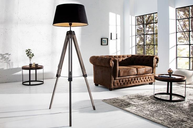 Elegante Design Stehlampe SYLT aus Massivholz höhenverstellbar mit schwarzem Leinenschirm