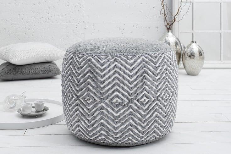 Gewebter Design Pouf LEEDS ORIENTAL grau weiß Baumwolle Sitzhocker