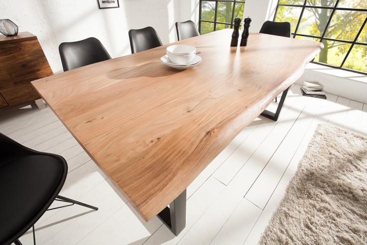 Massiver Baumstamm Tisch MAMMUT 200cm Massivholz Akazie industrial Kufengestell 3,5cm dicke Tischplatte