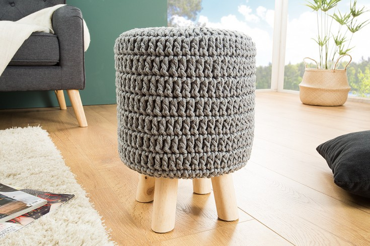 Design Sitzhocker LEEDS 41cm grau aus Strick Baumwolle Handarbeit