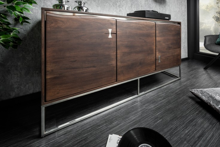 Massives Sideboard MAMMUT ARTWORK 147cm Akazie mit Vinegar finish Edelstahl