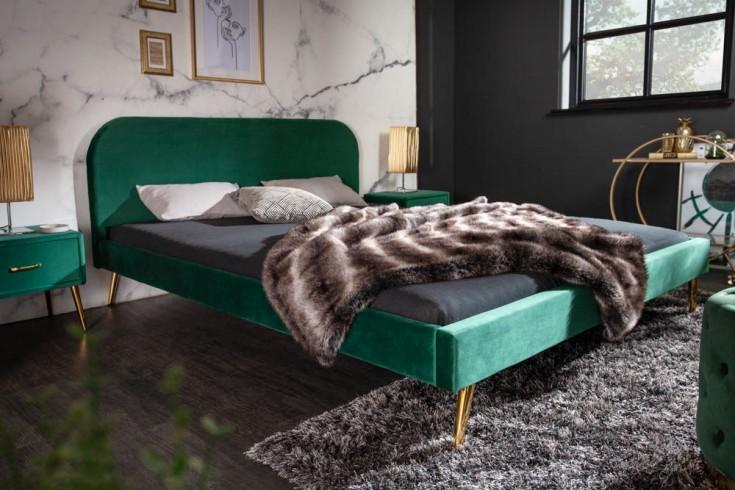 Elegantes Bett FAMOUS 160x200cm smaragdgrün Samt goldene Füße Retro Design