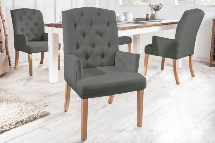 Eleganter Armlehnen Stuhl CASTLE hellgrau mit Chesterfield Steppung im Landhausstil