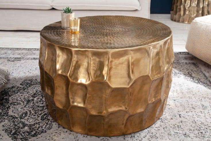 Handgefertigter Couchtisch ORGANIC ORIENT 68cm gold Hammerschlag Design