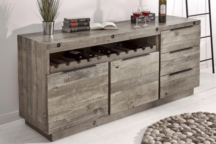Massives Sideboard FINCA 175cm grau Pinienholz Industrial Design mit Flaschenhalterung