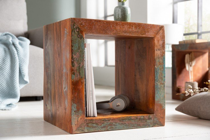 Massiver Beistelltisch JAKARTA 45cm bunt Cube aus recyceltem Holz Regal