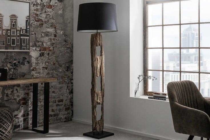 Massive Stehlampe BARRACUDA 177cm Eisenholz mit schwarzem Baumwollschirm
