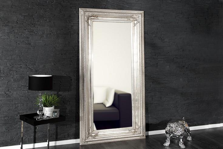 barock spiegel renaissance antik look silber 210x100cm wandspiegel riess ambiente onlineshop. Black Bedroom Furniture Sets. Home Design Ideas