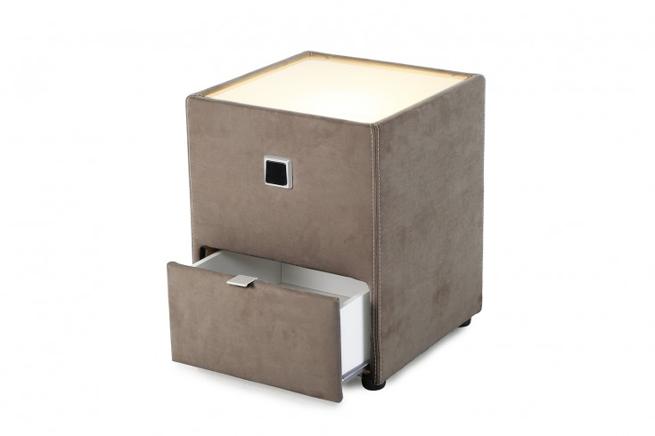 Design Nachtkommode PRIMAVERA für Boxspringbetten hellbraun mit indirekter Beleuchtung