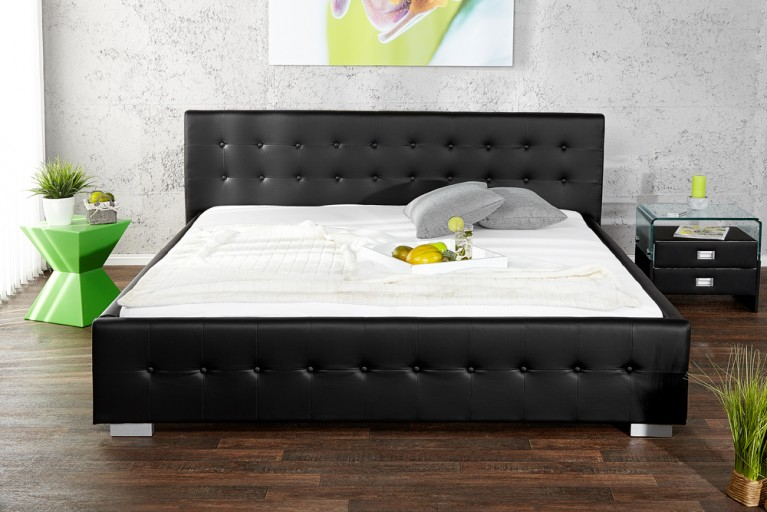 Design Bett RIMINI schwarz 140 x 200cm Knopfsteppung