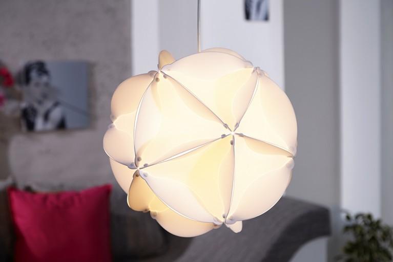 Futuristische Design Hängeleuchte BELAJIO weiss 40cm Lichtobjekt Spielwürfel