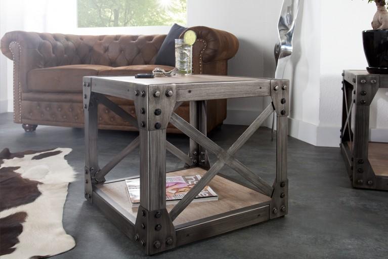 Design Beistelltisch INDUSTRIAL 50cm Akazie gebürstet Metallkorpus