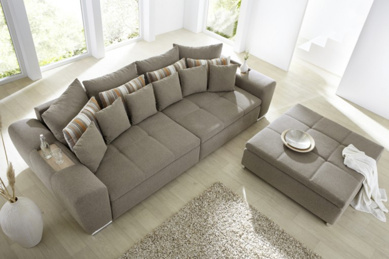 Riesiger Hocker zu XXL Design Sofa SEVILLA in hellbrauner Steppung