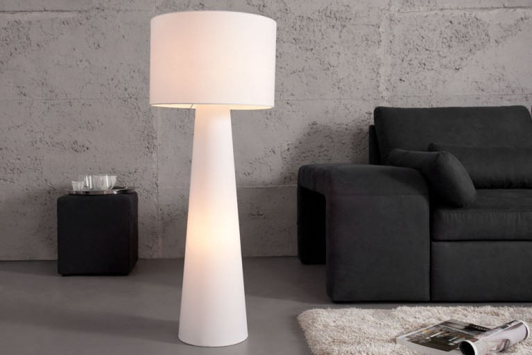 Design Stehlampe LOANA mit großem Schirm weiß 100cm