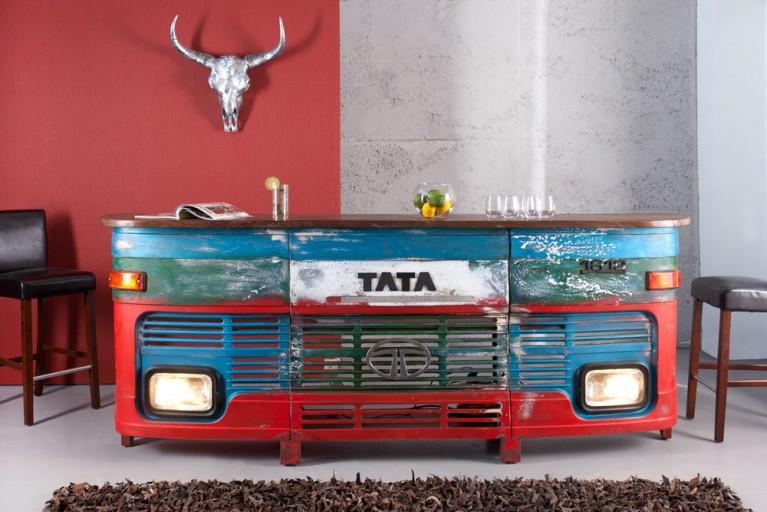 Hausbar aus ORIGINAL umgebauter LKW FRONT 255cm inkl. Lichtanlage Truck Stop Oldtimer