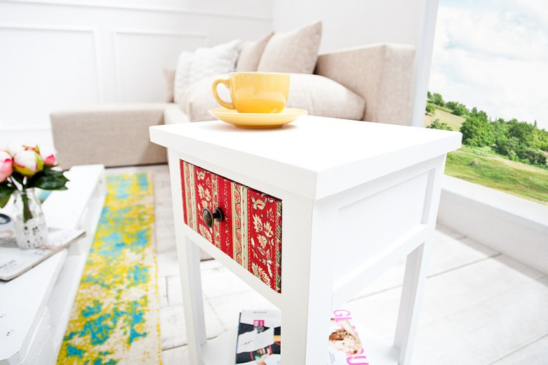 Patchwork Beistelltisch HARLEKIN weiß mit buntem Muster mit Schublade Nachttisch Telefontisch