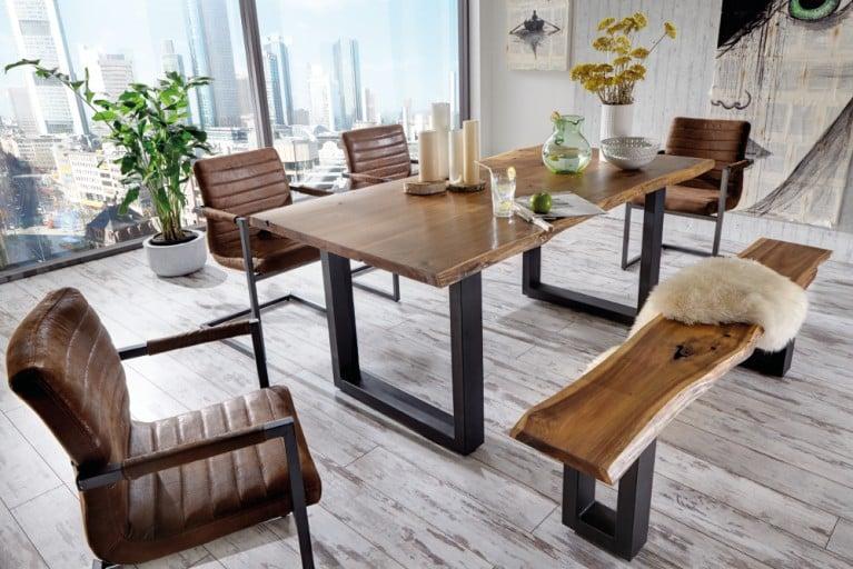 Massiver Baumstamm Tisch QUEENS 200cm Akazie lackiert mit Kufengestell aus Eisen mit 6 cm Tischplatte