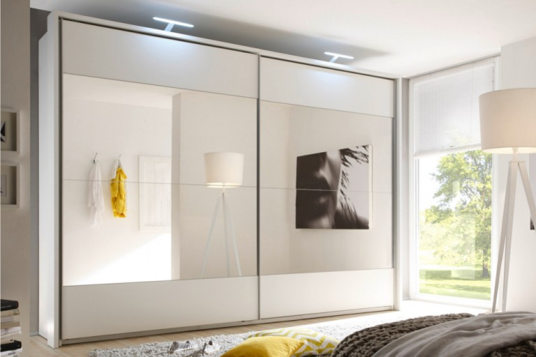 Design Schwebetürenschrank BRONX 315cm weiß mit Spiegel Kleiderschrank