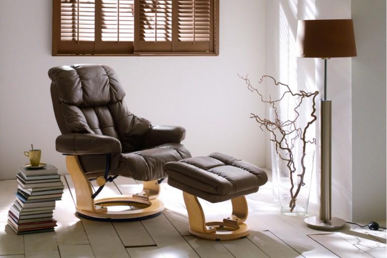 Relax-Sessel mit Hocker CALGARY ECHTLEDER ORIGINAL MCA braun Gestell naturfarben