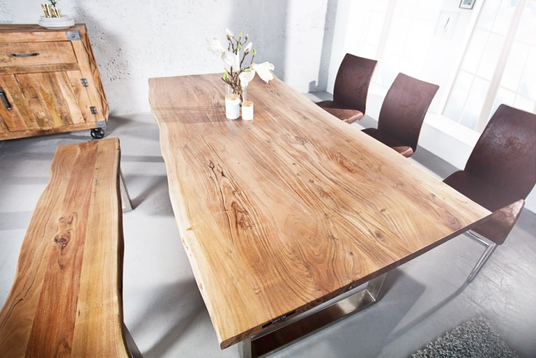 Massiver Baumstamm Tisch MAMMUT 160cm Akazie Massivholz Industrial Chic Kufengestell mit 3,5cm dicker Tischplatte
