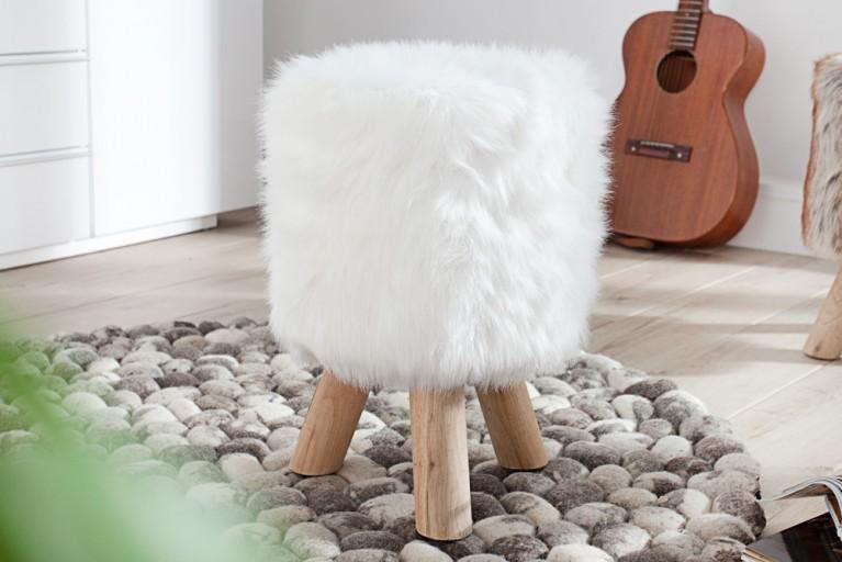 Design Fellhocker SIT Sitzhocker mit Fell weiß