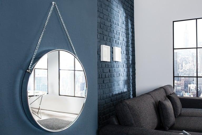 Großer runder Design Spiegel PORTRAIT 45 cm silber mit Kettenaufhängung Chrom-Finish
