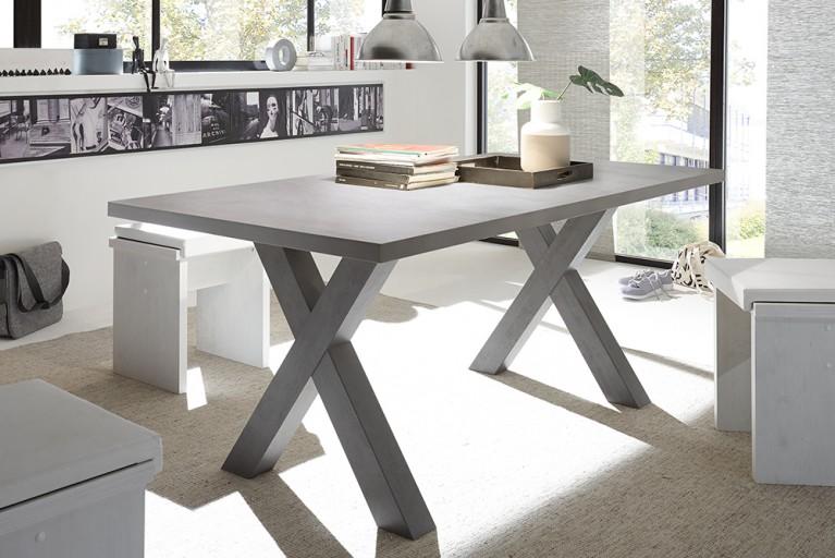 design esstische einzigartig und edel riess. Black Bedroom Furniture Sets. Home Design Ideas