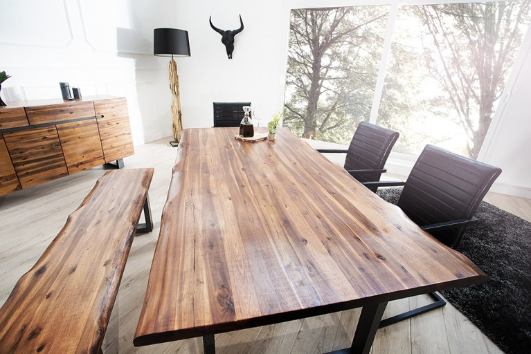 Massiver Baumstamm Tisch GENESIS 160cm Akazie Massivholz Baumkante Esstisch mit Kufengestell Industrial Finish