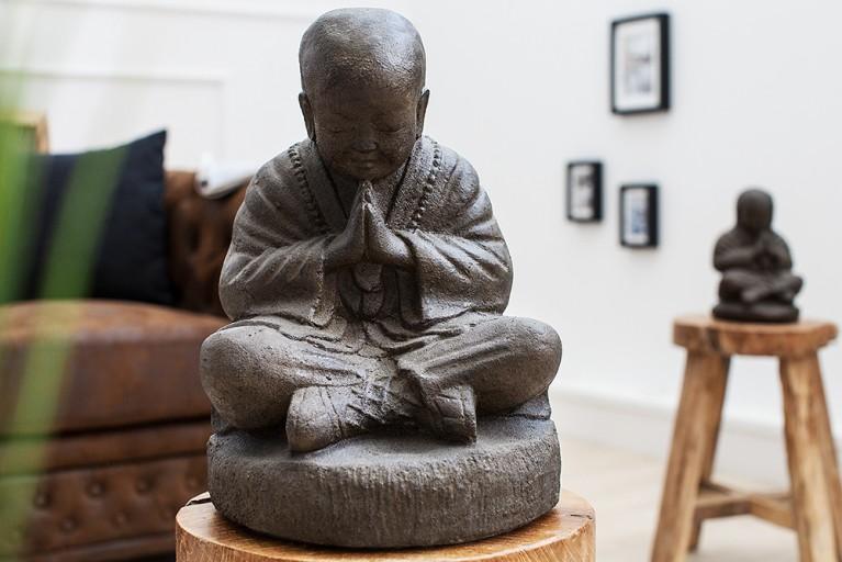 Opulente SHAOLIN BUDDHA Statue 40 cm aus Naturgestein