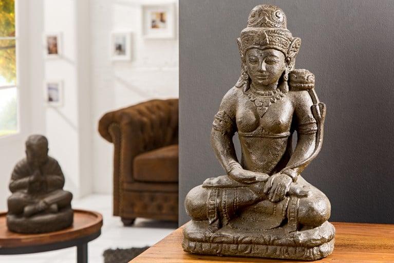 Eindrucksvolle Statue DEWI TARA 50cm buddhistische Sternen Göttin aus Naturgestein outdoorfähig