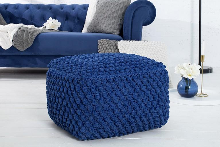 Design Strick Pouf COSY I blau 55cm Sitzocker in Handarbeit gestrickt