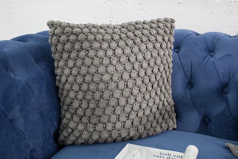Design Strick Kissen COSY I grau 45cm Zierkissen in Handarbeit gestrickt