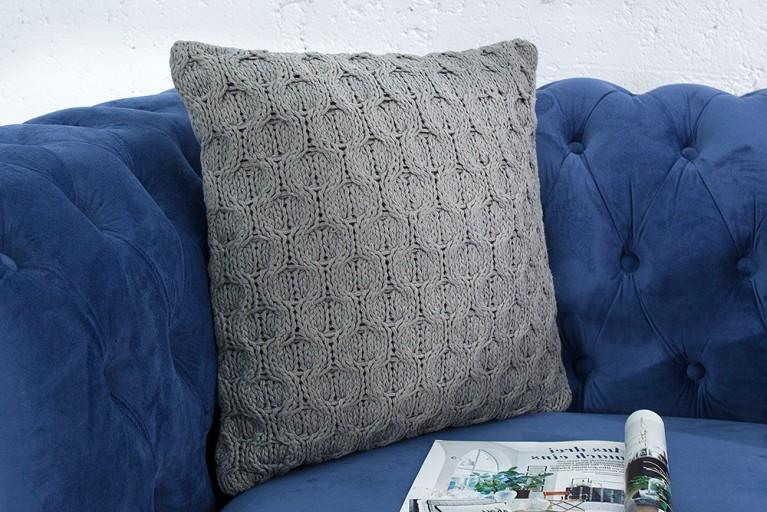 Handgestricktes Zierkissen COSY III 45cm grau Baumwolle