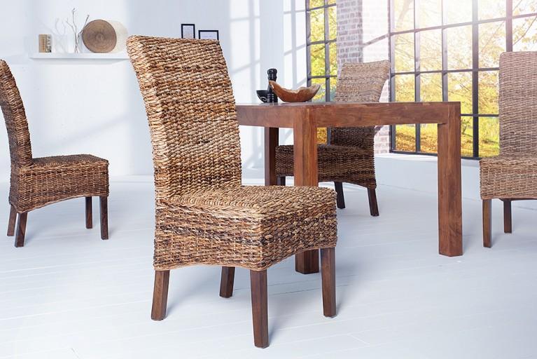 Moderner Stuhl BALI Bananenblättergeflecht mit Beinen aus massivem Mangoholz