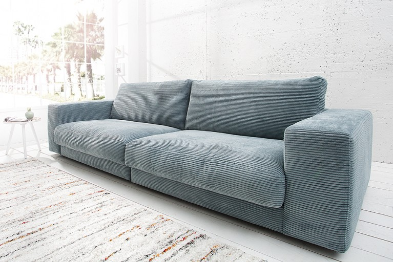 Design Sofa SEVENTIES von Candy Lifestyle hellblau