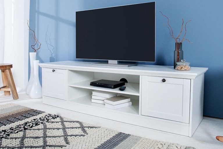 tv board einzigartige designs online bei riess ambiente riess. Black Bedroom Furniture Sets. Home Design Ideas