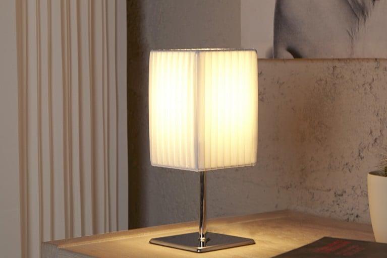 Elegante Designer Tischlampe PETIT weiß chrom