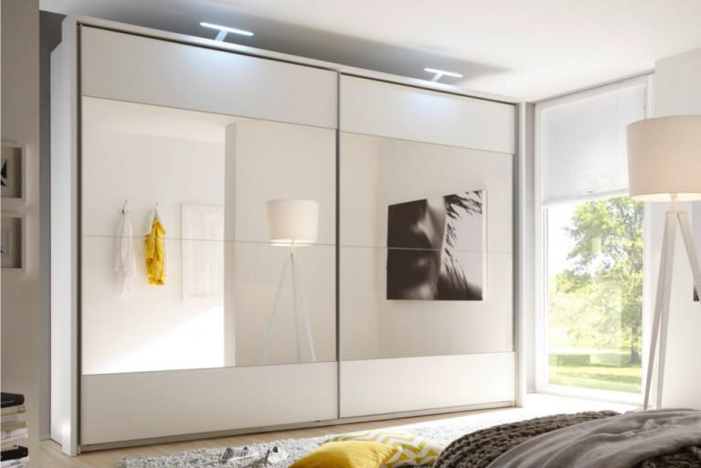 Exklusiver Design Schwebetürenschrank BRONX XXL 325 cm weiß Spiegel inkl. Zubehör Kleiderschrank