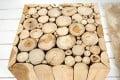 Design Teakholz Dekosäule MOSAIK 30 cm Beistelltisch aus Massivholz